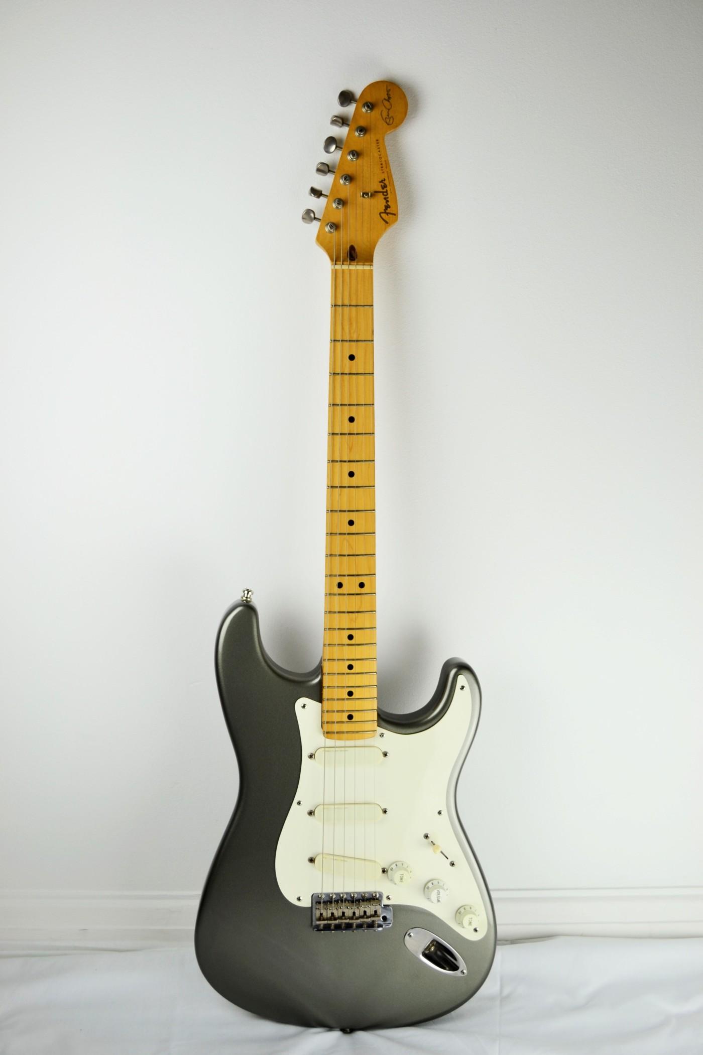 1989 eric clapton fender stratocaster stringed guitars. Black Bedroom Furniture Sets. Home Design Ideas